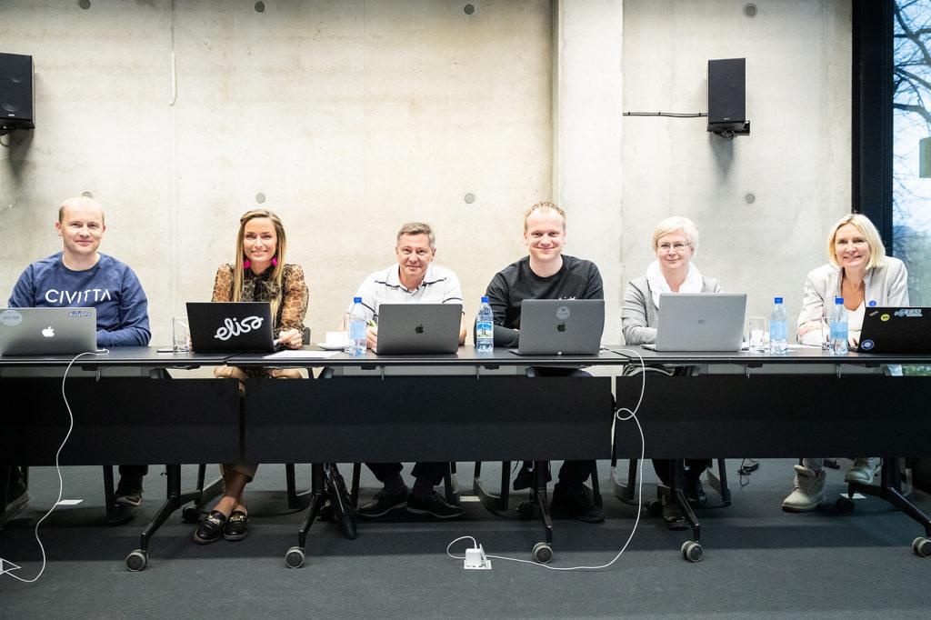 Digitund: Kertu Popp ja Harri Tallinn tutvustasid Ajujahile pääsenud äriideid
